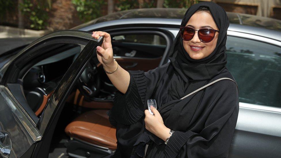السماح بقيادة المرأة للسيارة في السعودية