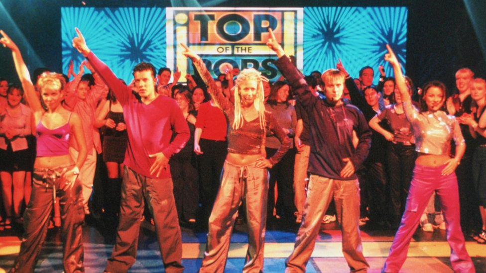 Steps on Top Of The Pops in 1999