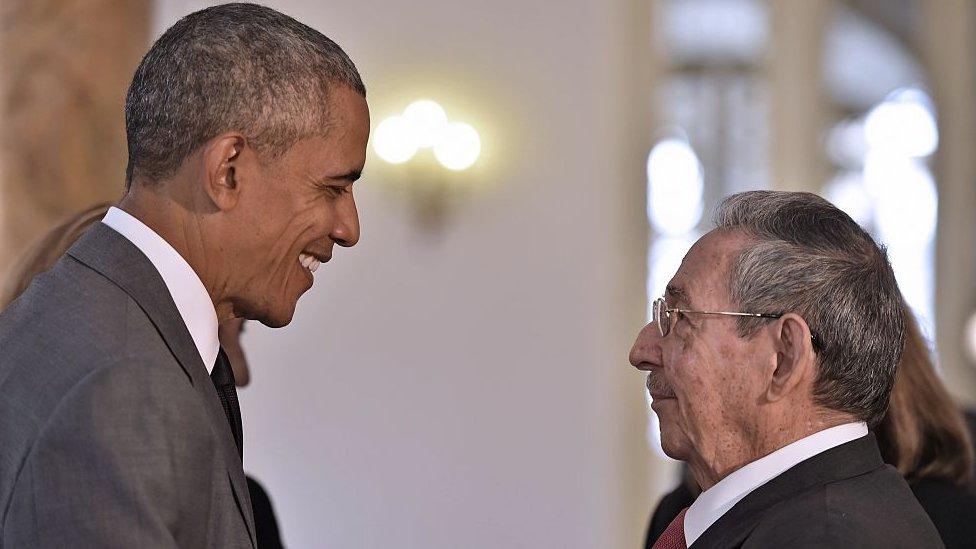 Obama y Raúl Castro.