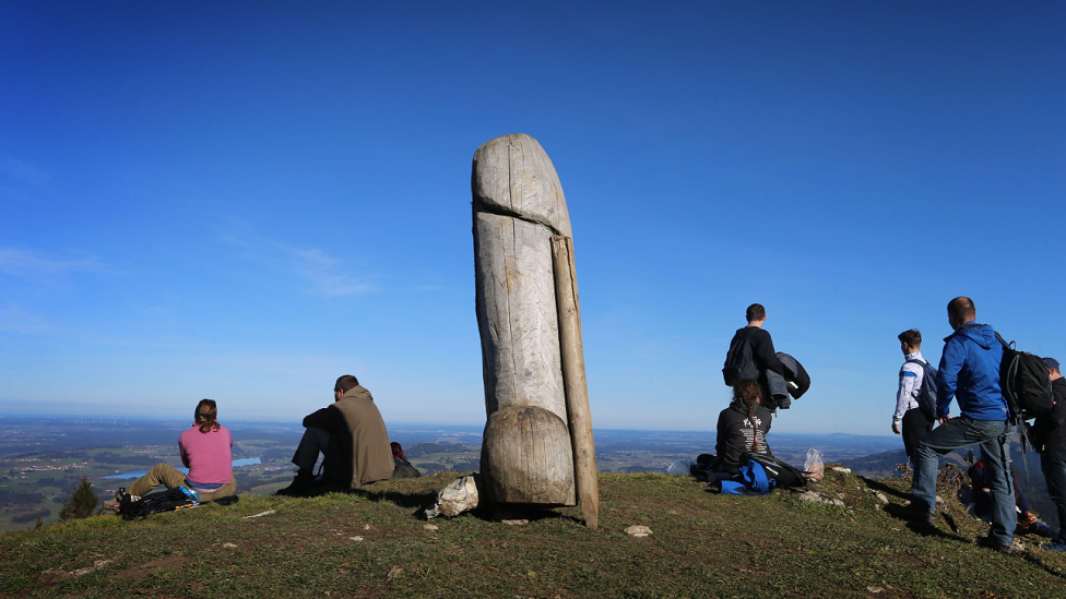 Grünten statue: Mystery over missing phallic landmark thumbnail