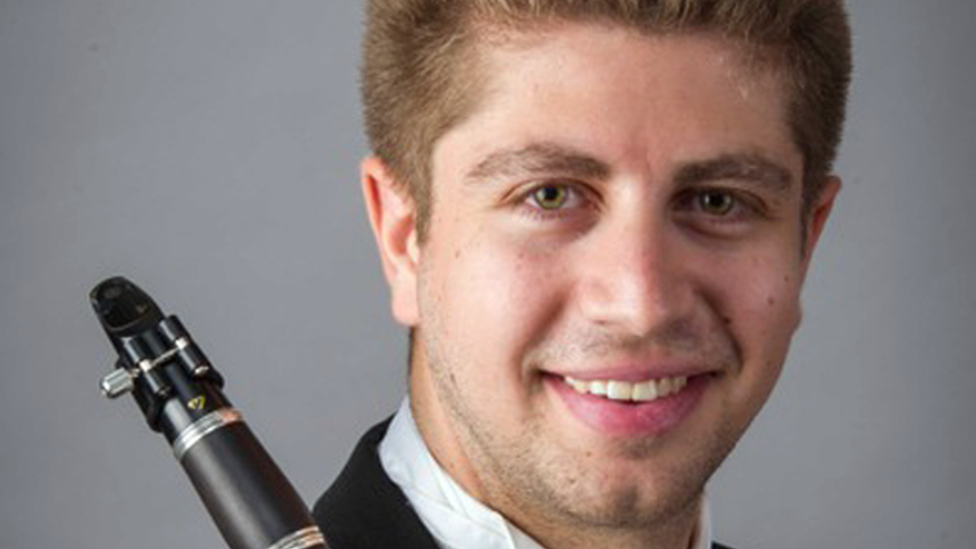 Canadian clarinet player sues ex for deleting his scholarship offer