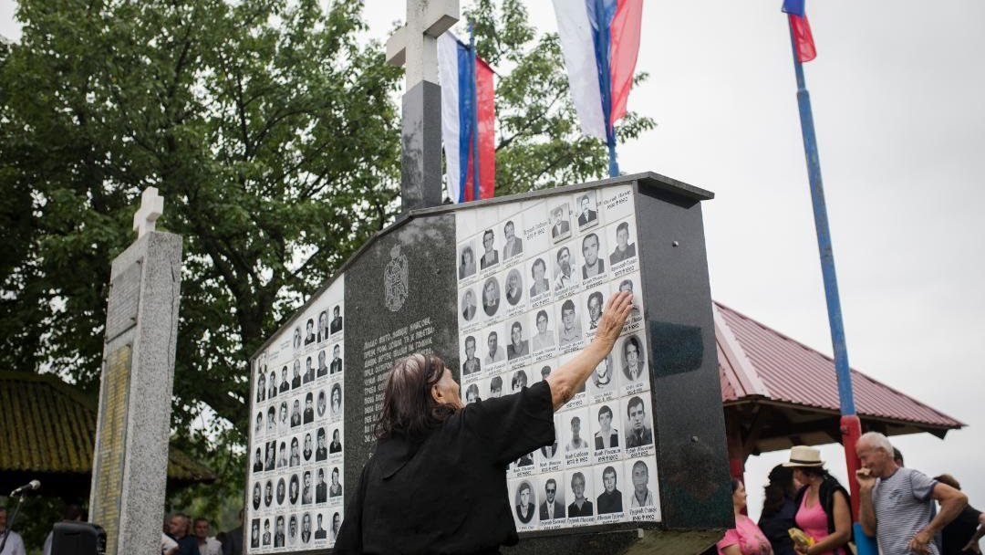 Srebrenica i Bratunac: Pomen za srpske žrtve ubijene na početku rata u Bosni