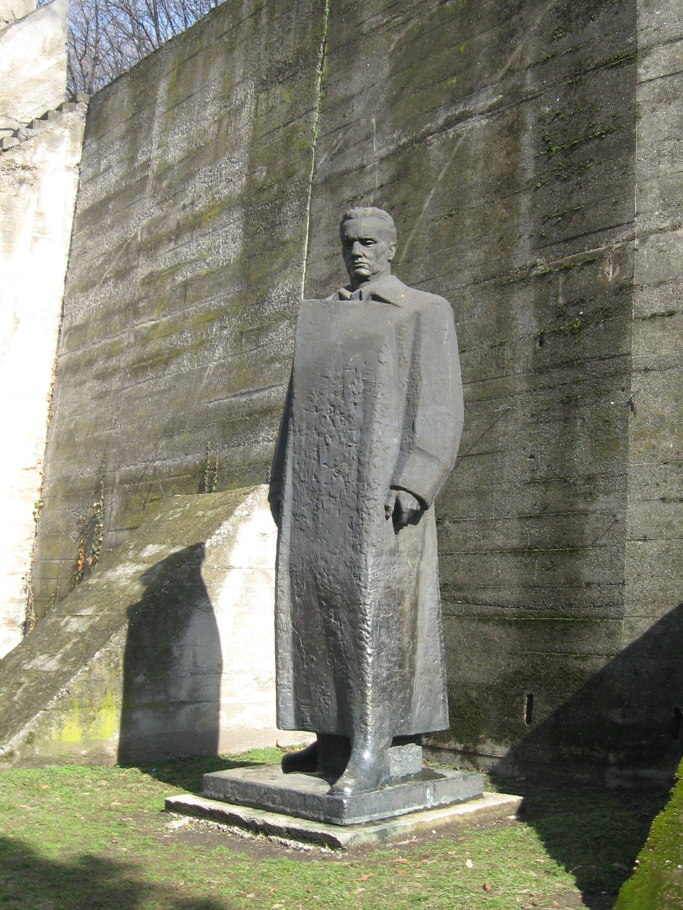 Spomenik Titu