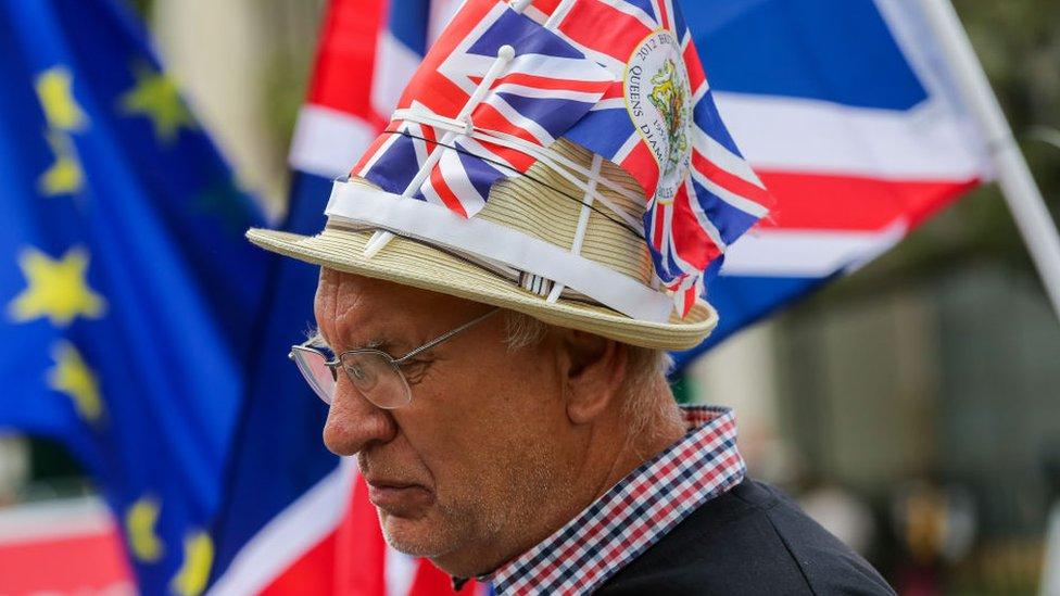 Un hombre pro brexit