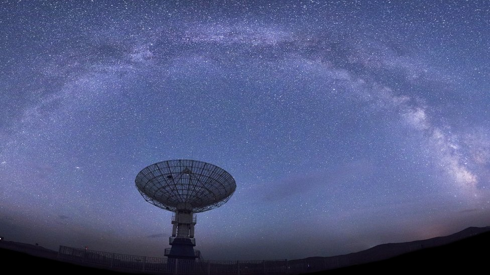 Radio telescopes can detect fast radio bursts
