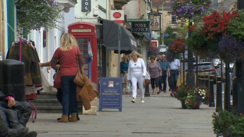 Security firm 'won't stop drug-dealing' in Glastonbury