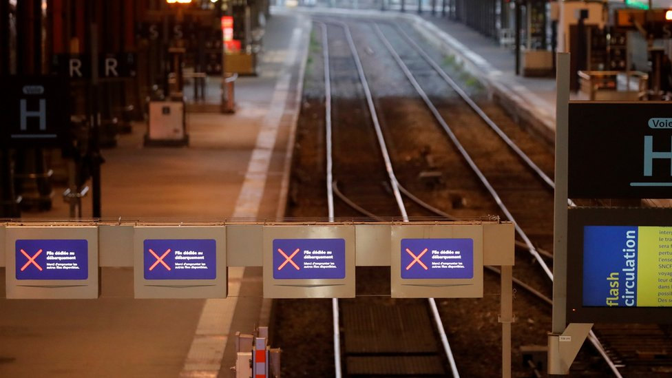 Empty tracks are seen at the Gare de Lyon railway station in Paris as a strike by French SNCF railway workers and French transportation workers continues on 6 December, 2019.