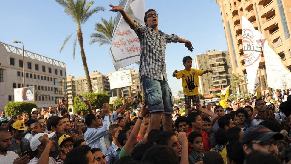 جانب من ثورة 25 يناير/كانون الثاني 2011 في ميدان التحرير في القاهرة