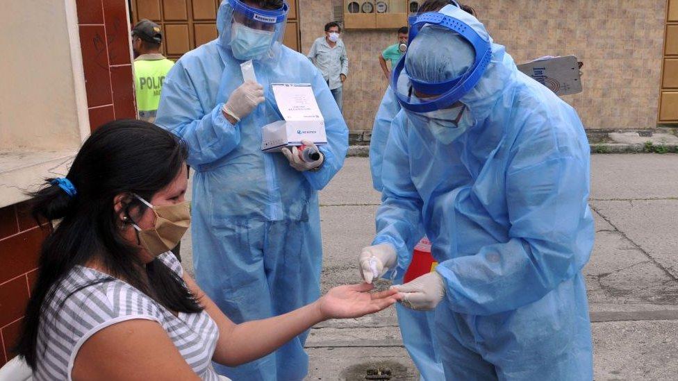 Realización de test en Guayaquil, Ecuador.