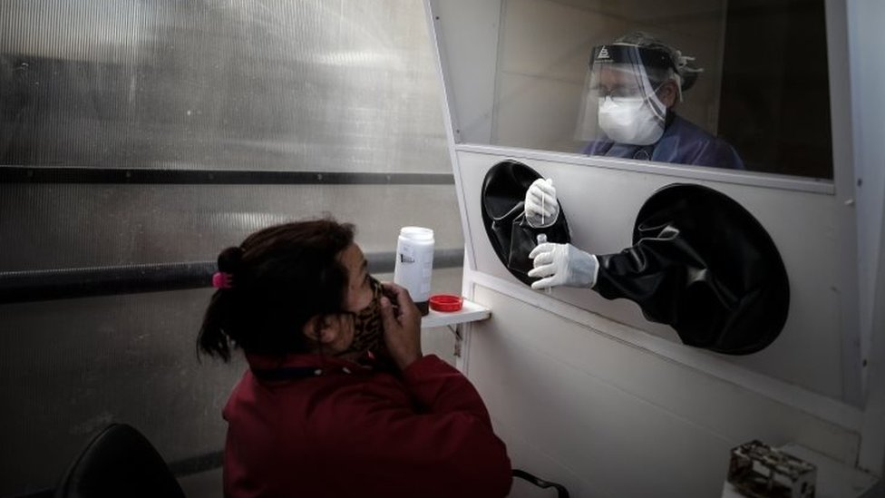 Un centro de prueba de coronavirus en Argentina
