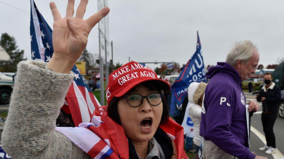 Votante proTrump pidiendo 4 años más del presidente.