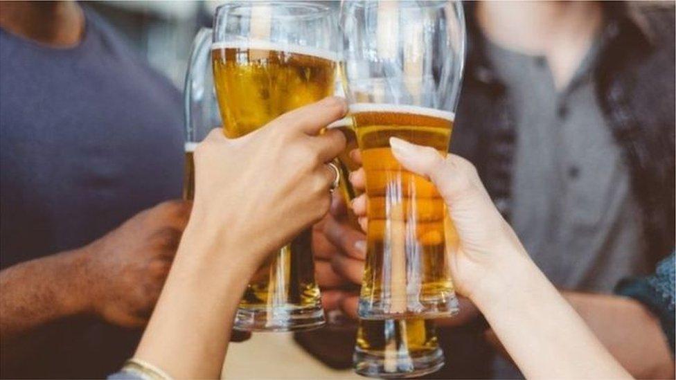 Nazdravljanje pivom