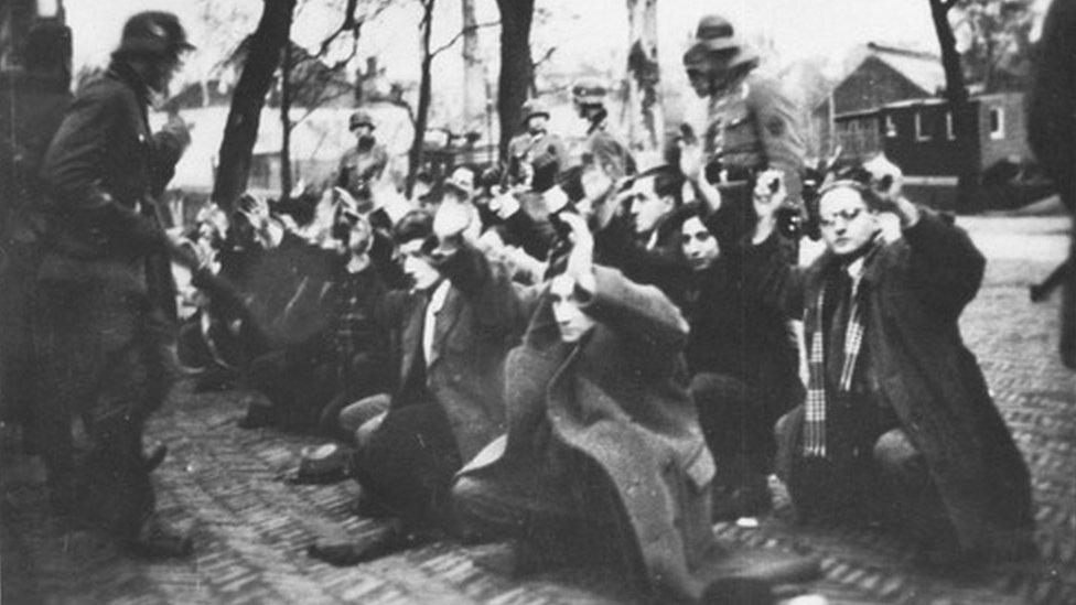 More than 400 Jews were seized on Jonas Daniël Meijerplein in Amsterdam on two days in February 1941