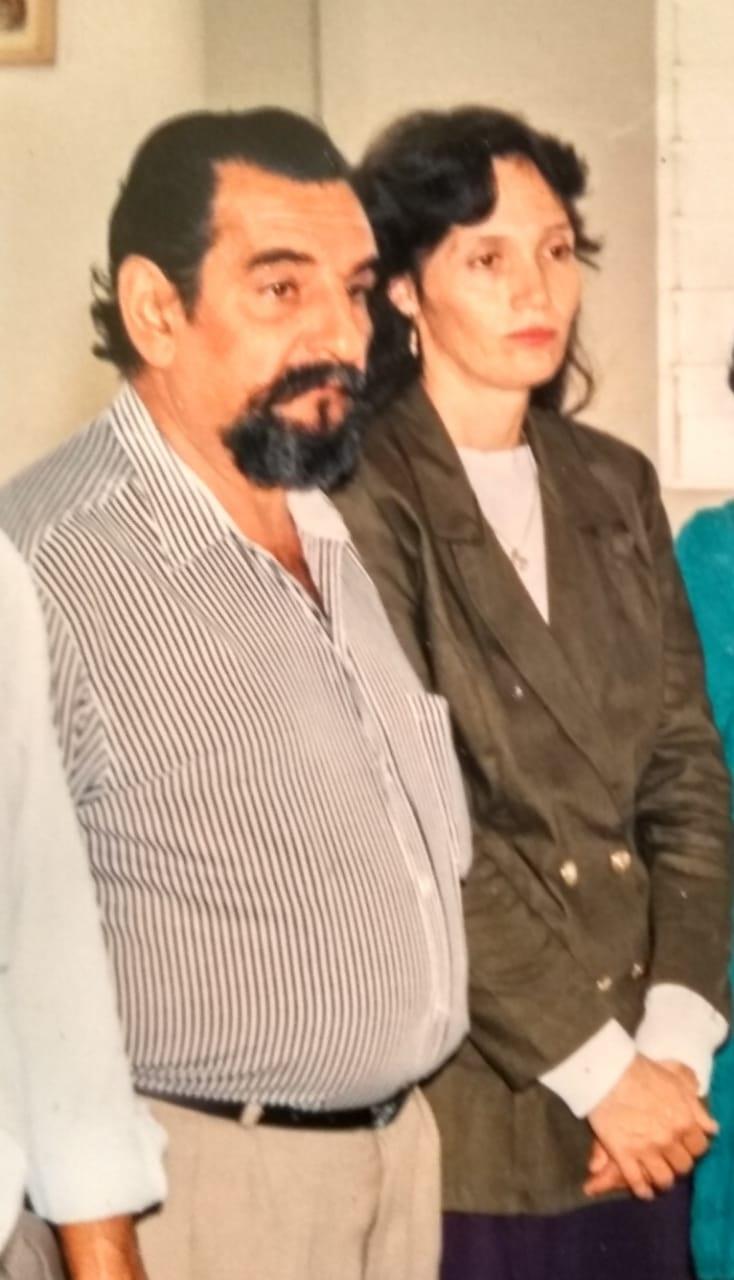 Yanel dan istrinya di tahun 1994.