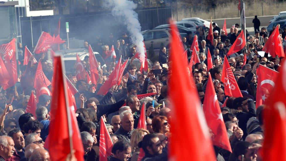 Opozizija u Istanbulu