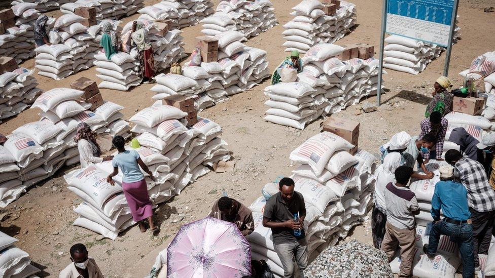 أحد أماكن توزيع الغذاء في إقليم تيغراي