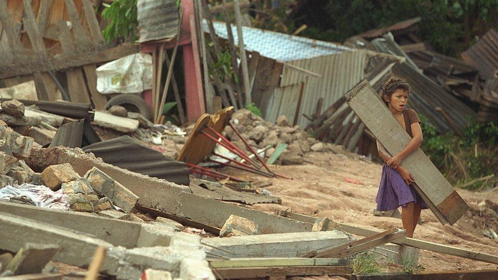 El huracán Mitch causó más de 11.000 muertes en Centroamérica.