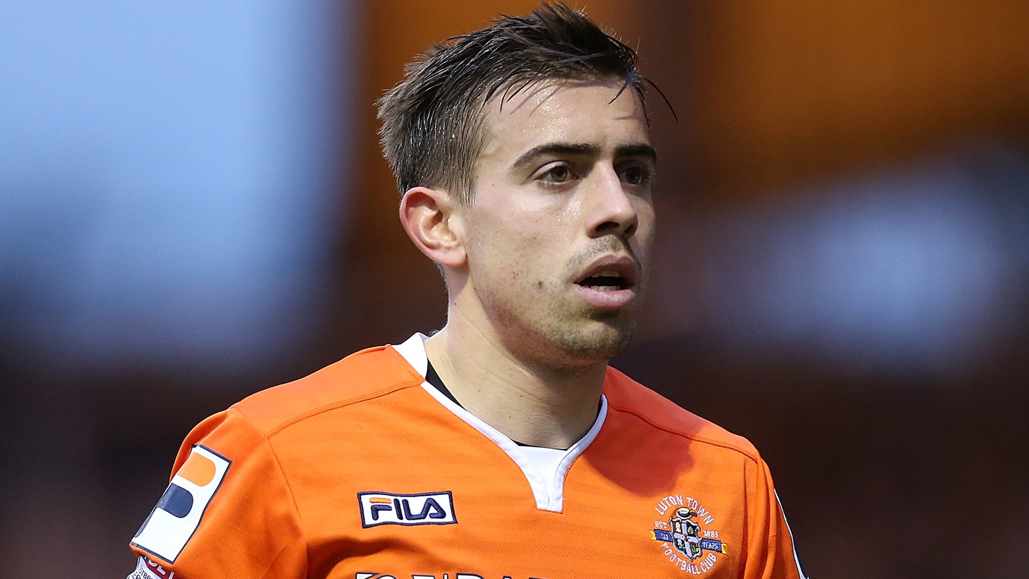 Olly Lee: Hearts sign Luton midfielder on three-year deal