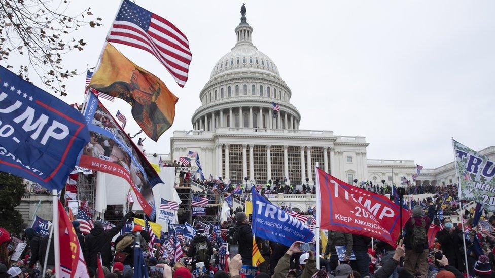 Disturbios en el Capitolio de Washington DC el 6 de enero