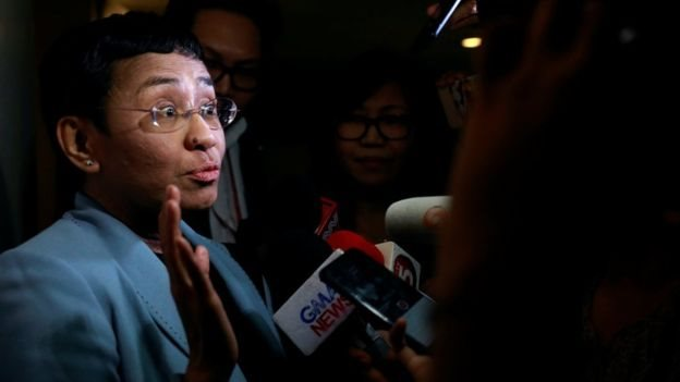 Ressa mengatarkan penangkapannya sebagai usaha membungkam jurnalisme Rappler.