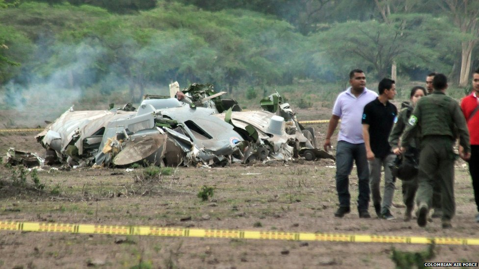 A handout image provided by the Air Force of Colombia on 31 July 2015 shows the site where a military aircraft crashed near Agustin Codazzi, in the department of Cesar, Colombia, 31 July 2015.