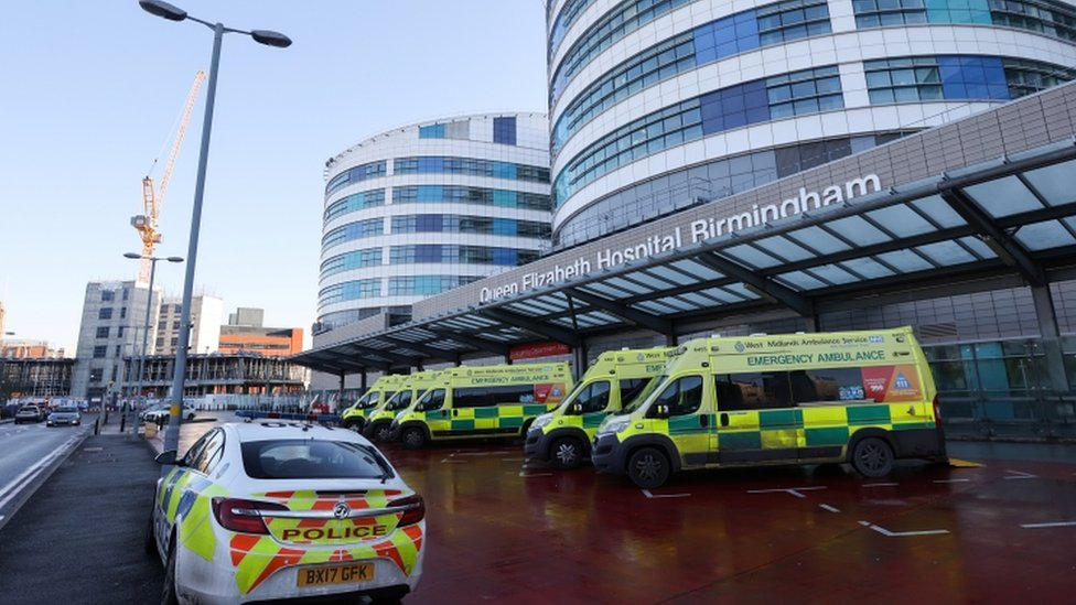 Four arrested over 'public nuisance' at Redditch and Birmingham hospitals thumbnail