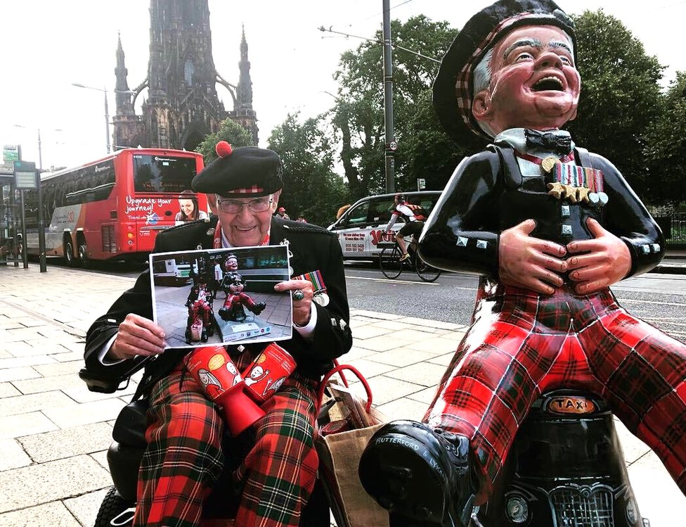 Tom Gilzean with his Oor Wullie sculpture