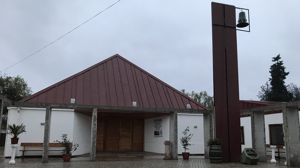 La iglesia de Las Cabras fue reconstruida tras el terremoto de 2010.