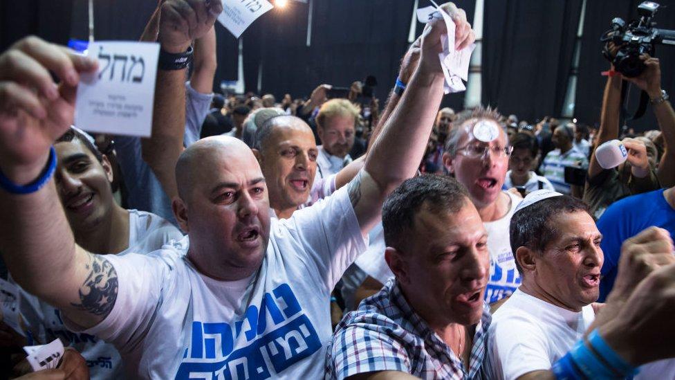Дайджест: интрига на выборах в Израиле и новые версии атаки в Саудовской Аравии