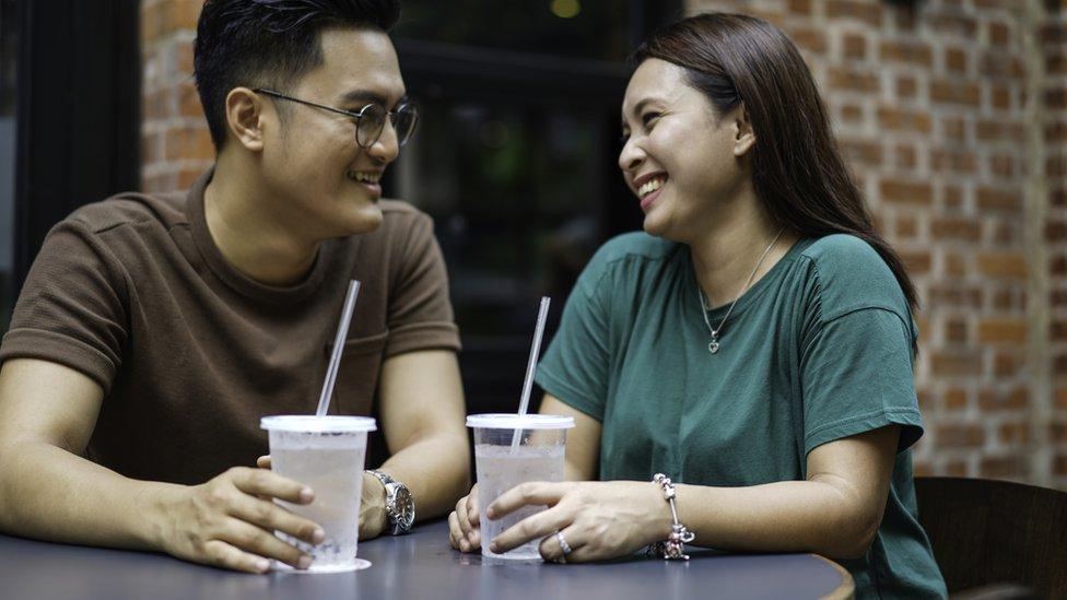joven pareja musulmana