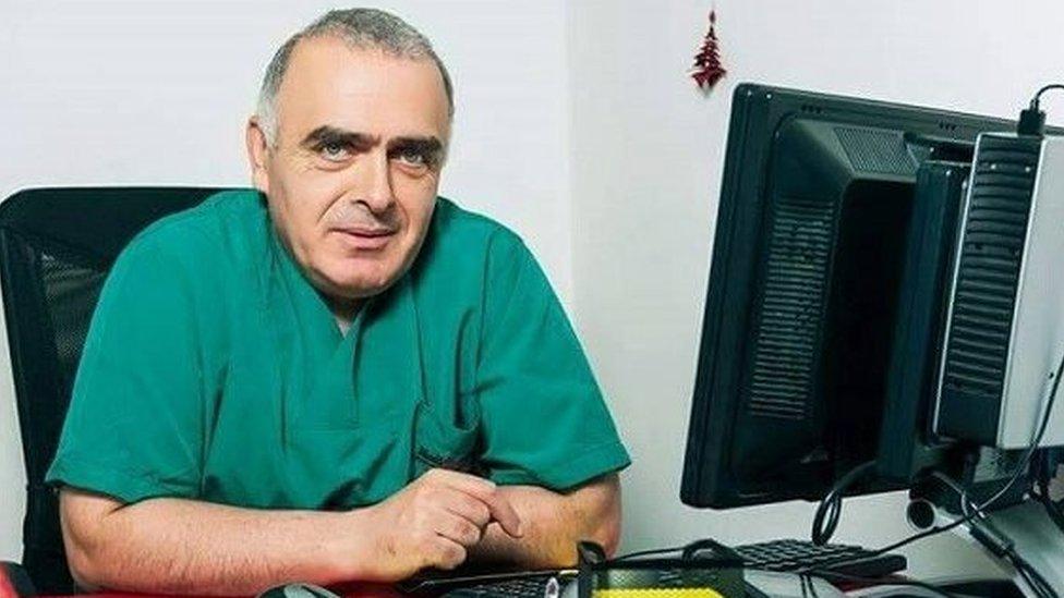 Известный грузинский врач больше месяца находится в СИЗО в Южной Осетии. Как он там оказался - загадка