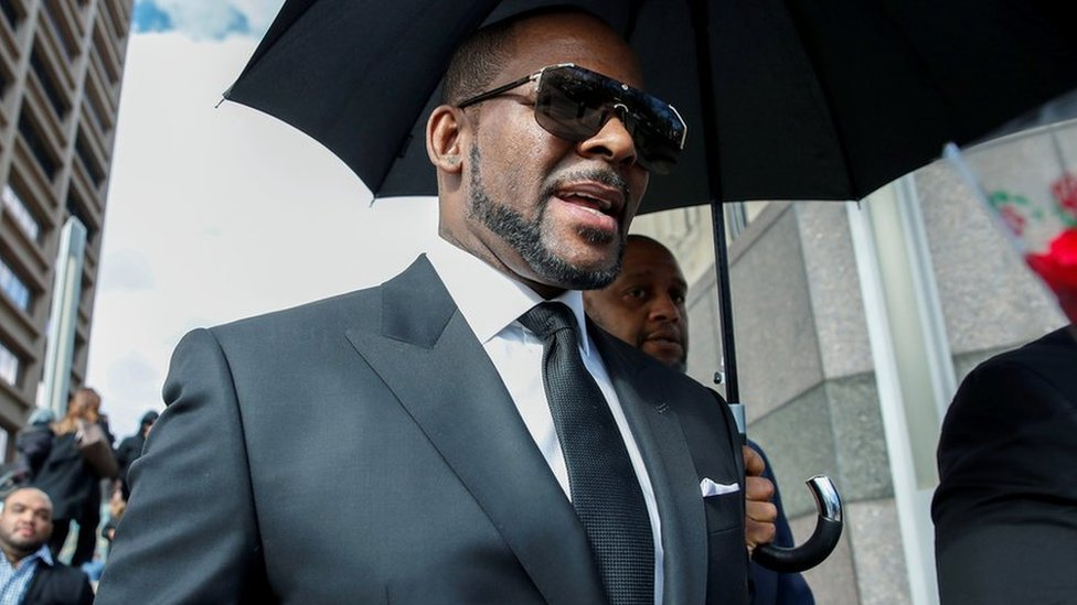 R  Kelly - New Songs, Playlists & Latest News - BBC Music