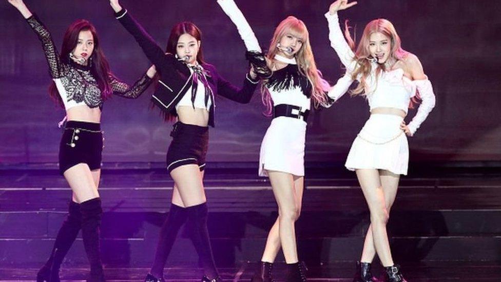 Blackpink'in üyeleri: Jisoo, Jennie, Rosé ve Lisa.