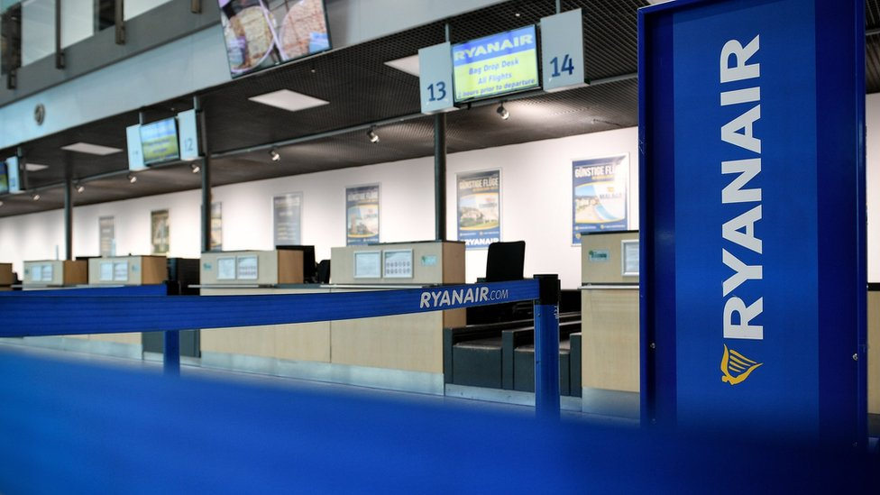 Ryanair check-in desks