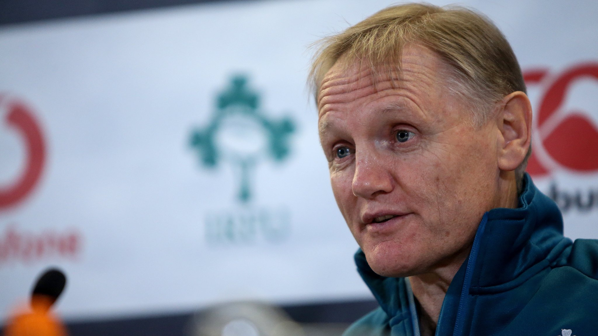 Ireland coach Schmidt laughs off Hansen claim Irish are World Cup favourites