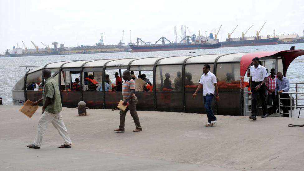 Ferri en Lagos.