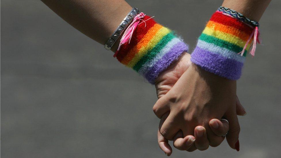 Культогляд: чому Євробачення популярне серед ЛГБТ?