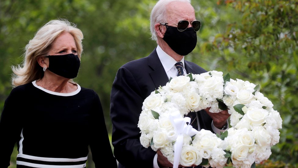 Coronavirus Joe Biden Emerges From Quarantine On Memorial Day Bbc News