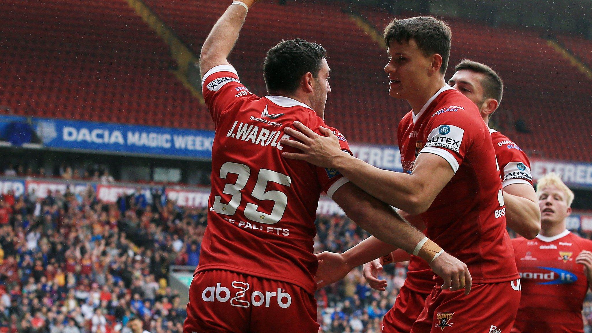 Super League: Huddersfield Giants thrash Hull FC at Magic Weekend