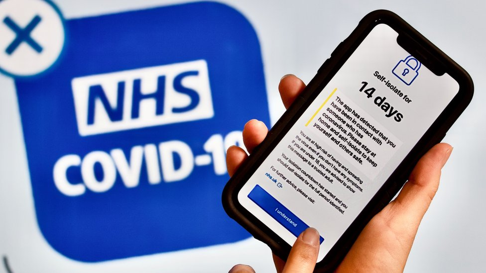 NHS Covid-19 app: England and Wales get smartphone contact tracing for over-16s - BBC News