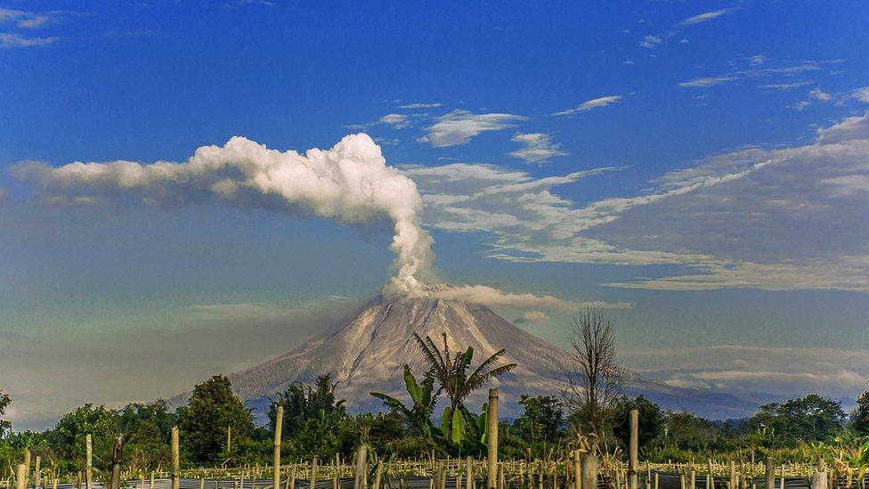 Volcan en actividad