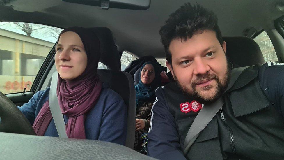 Kid Peks, Amina i Merdija