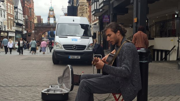 Guitar busker in Chester
