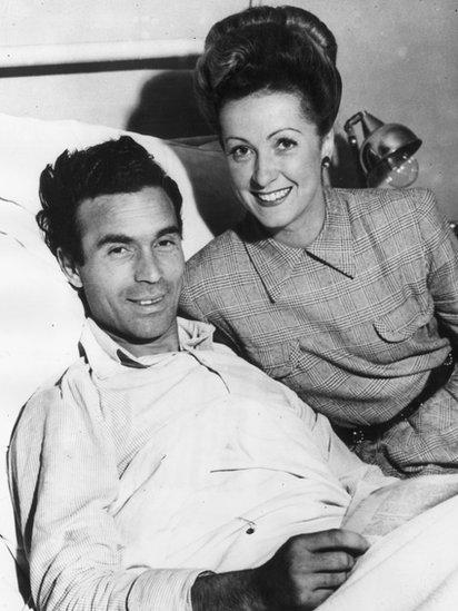 Porfirio Rubirosa y Danielle Darrieux en 1943.