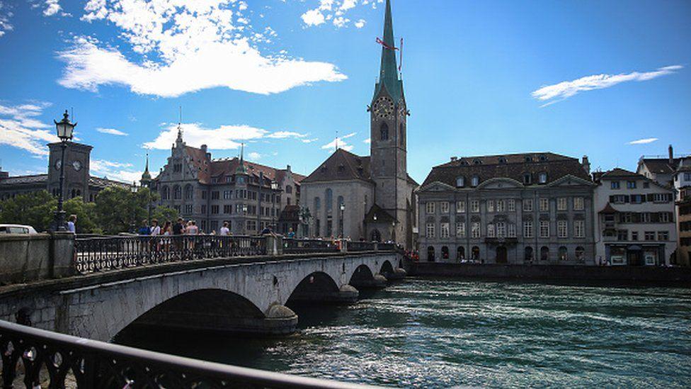 مدينة زيوريخ السويسرية