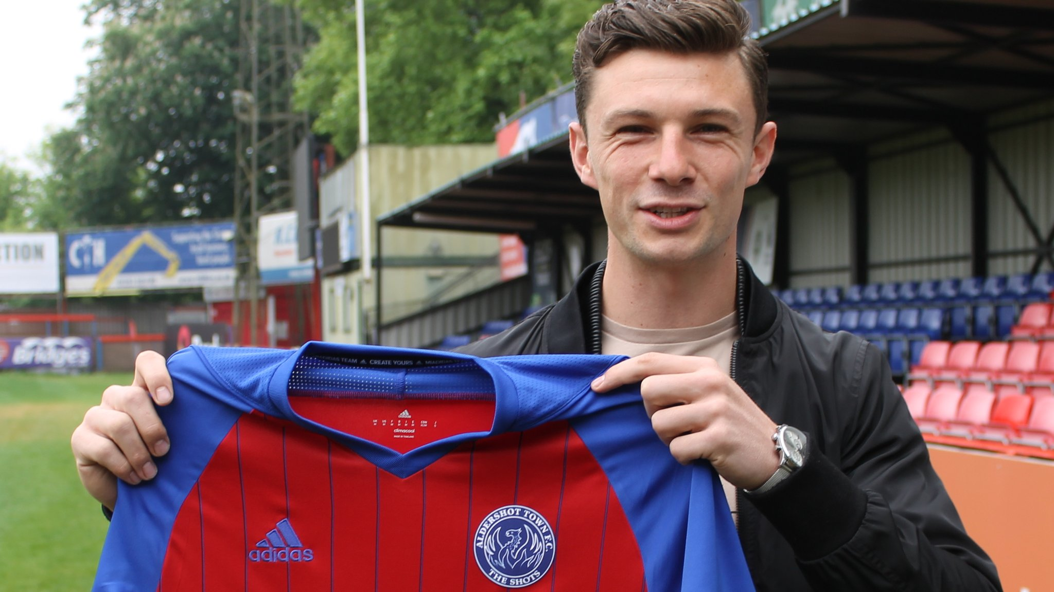 Aldershot Town: Striker Matt McClure signs contract for next season