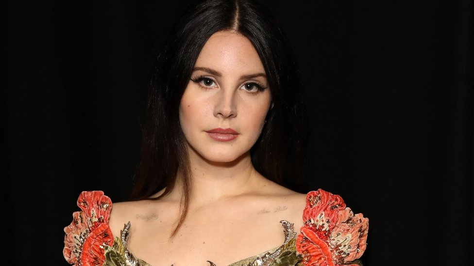 BBC News - Lana Del Rey wins song of the decade at the Q Awards