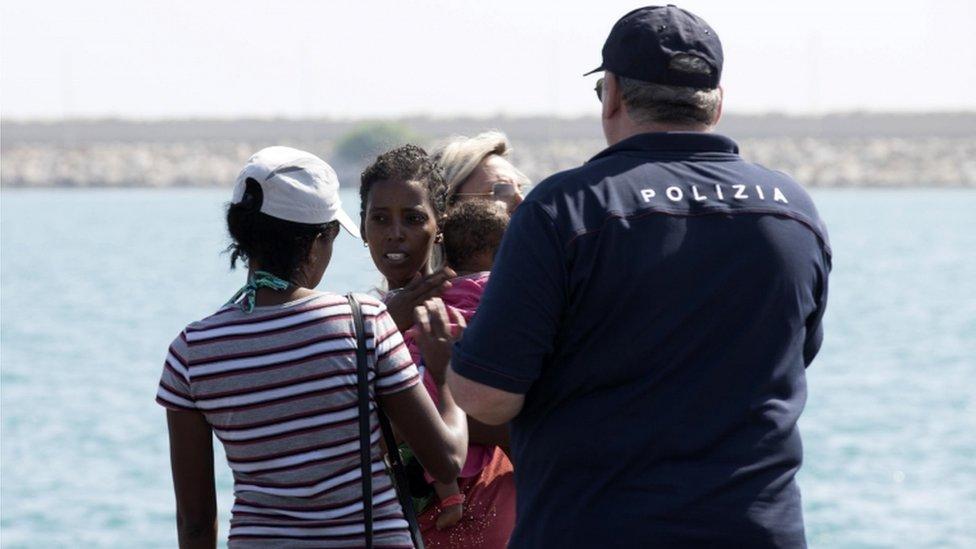 Italija pustila brod sa izbeglicama da uplovi u luku na Siciliji