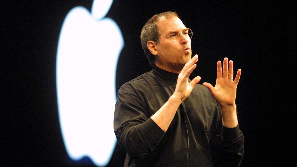 Steve Jobs en enero de 2001