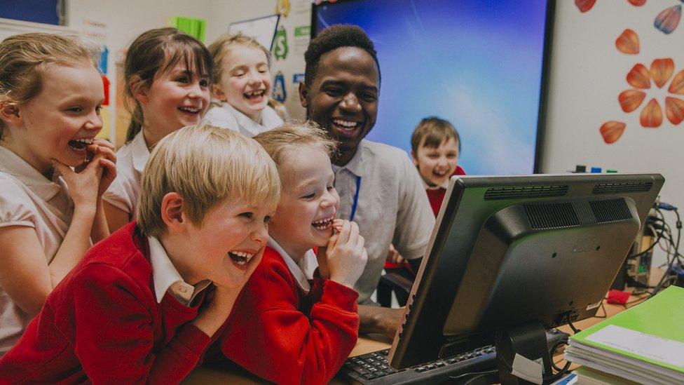 German school sued in photo copyright row